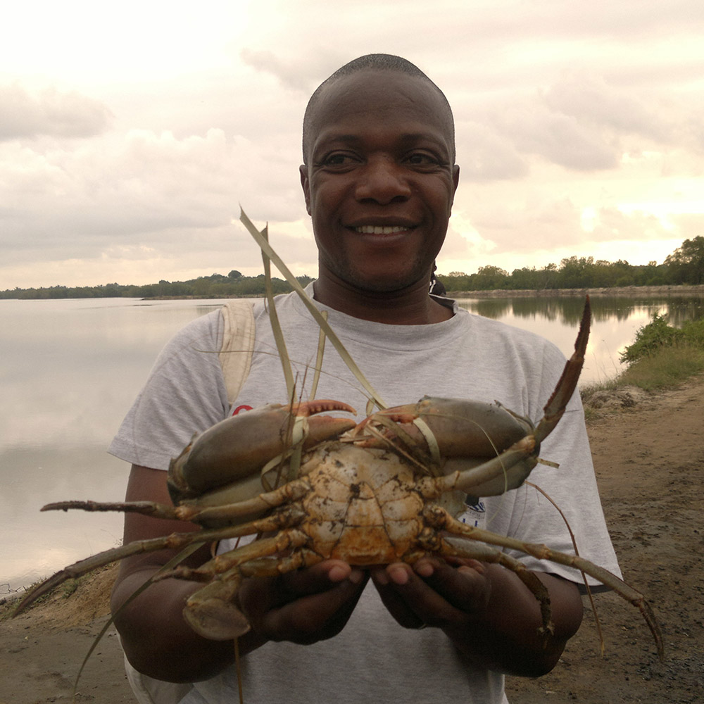 team-johnstone-o-omukoto-research-scientist-estuarize-wio-socio-ecological-assessment-fisheries-estuarine-systems-sw-indian-ocean